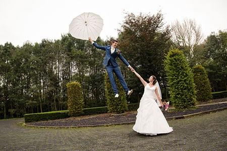 Win het aankoopbedrag van te trouwringen terug bij trouwringen-Heusden.nl. Bekijk de foto van Renaldo en Petronet