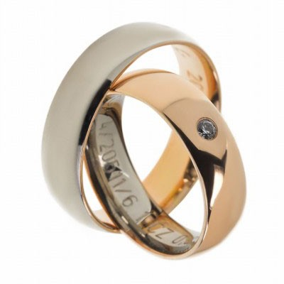Gerstner 20511 trouwring de buitenkant van de ring heeft een andere kleur goud dan de binnenkant