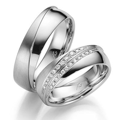 Gerstner 28531 luxe witgouden trouwringen met twee rijen briljant