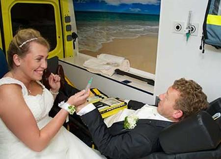 dirk en piekeren doen mee aan de actie win gratis trouwringen van trouwringen-heusden.nl bij juwelier en goudsmid sylvester andriessen uit heusden