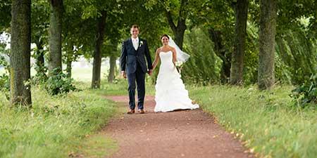 ronald en yvonne doen mee aan de actie win gratis trouwringen bij trouwringen-heusden.nl van juwelier en goudsmid sylvester andriessen uit heusden
