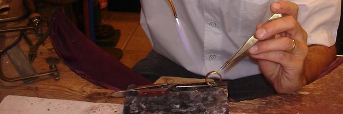 trouwringen zelf ontwerpen bij goudsmid sylvester andriessen van trouwringen-heusden