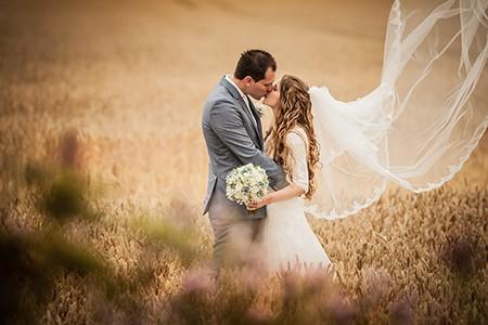Michael en Welmoed doen mee aan de actie win gratis trouwringen van trouwringen-heusden.nl