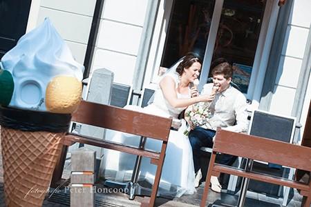 Peter en Joanne doen mee aan de actie win gratis trouwringen