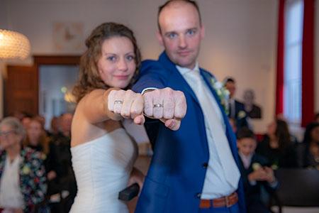 Bjorn en Emmy kochten trouwringen bij trouwringen heusden van juwelier sylvester andriessen